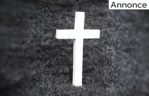 Kors på kirkegård
